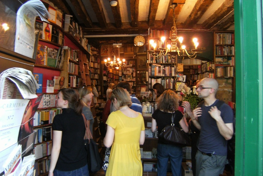 France - Paris - Shakespeare and Co - 2 (1024x688)