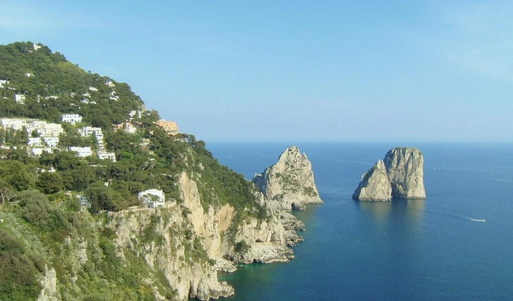 Italy - Capri - Faraglioni - 2 (1024x600) (3)