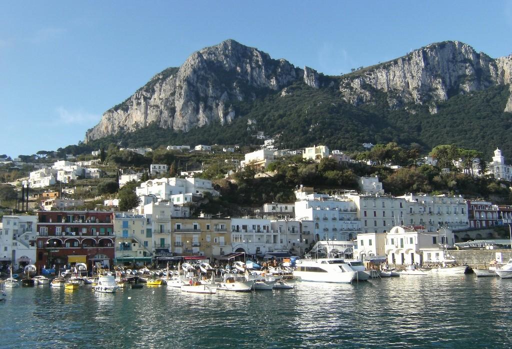 Italy - Capri - Marina Grande - 2 (1024x698)