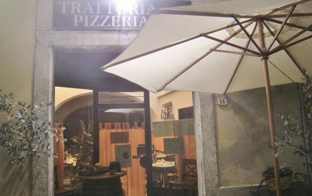 Italy - Colle di Val dElsa - Gimmy Gio Pizza (1024x644)