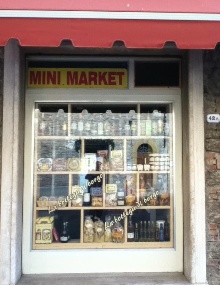 Italy - Colle di Val dElsa - Mini Mart - 1