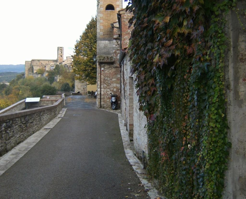 Italy - Colle di val dElsa - 17 (1024x828)