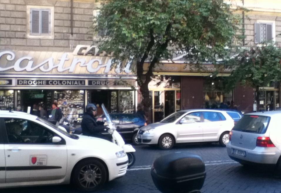 Italy - Rome - Castroni - 1