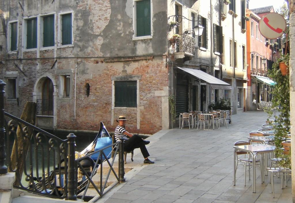 Italy - Venice - Gondola (1024x706)