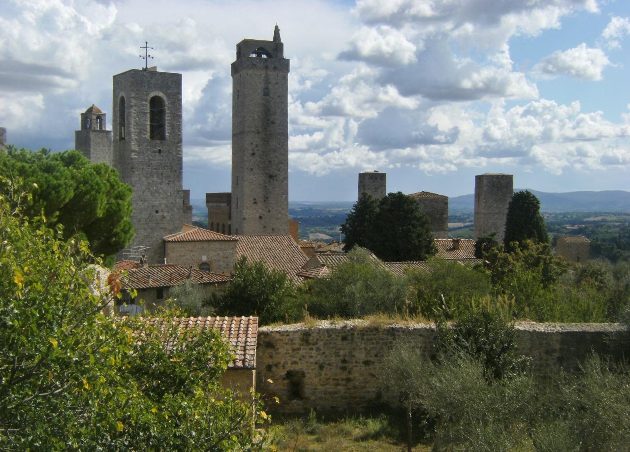 Italy - San Gimignano - Towers - 1 (1280x918)