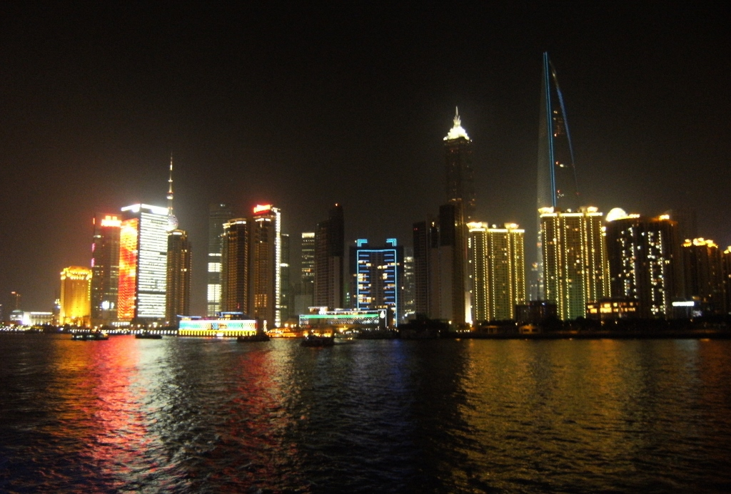China - Shanghai -  Night Cruise - 2 (1024x693)