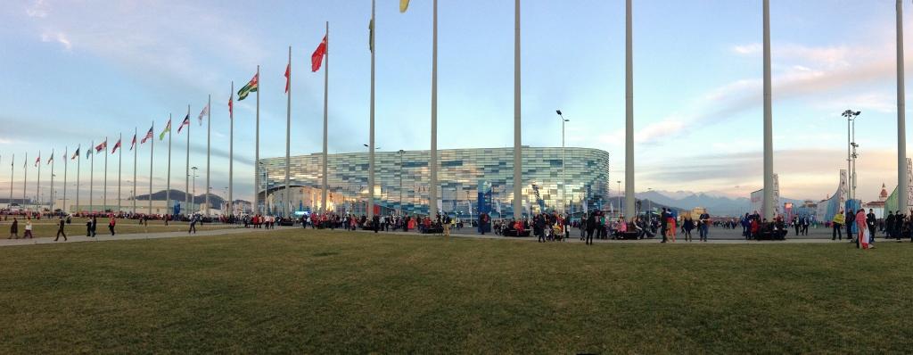 Russia - Sochi - Olympics - Iceberg - 1 (1024x398)