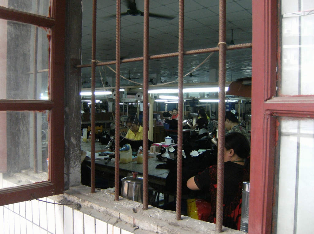 China - Guangzhou - Shoe Factory - 11 (1024x765)