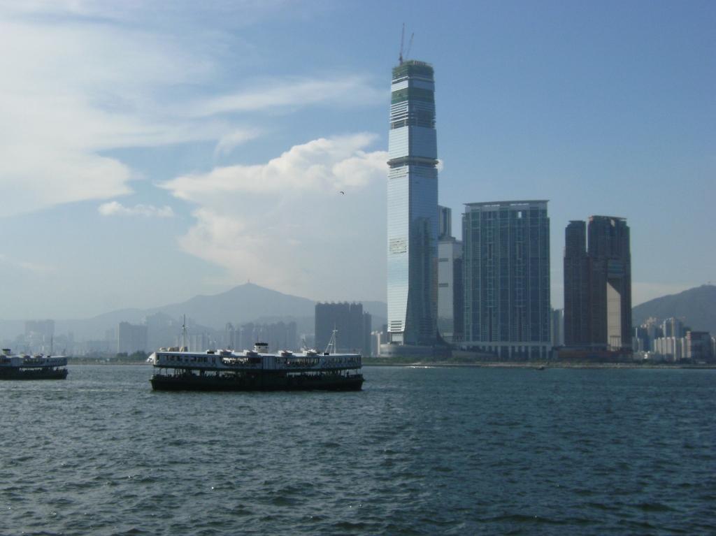 China - Hong Kong - Harbour - 3 (1024x767)