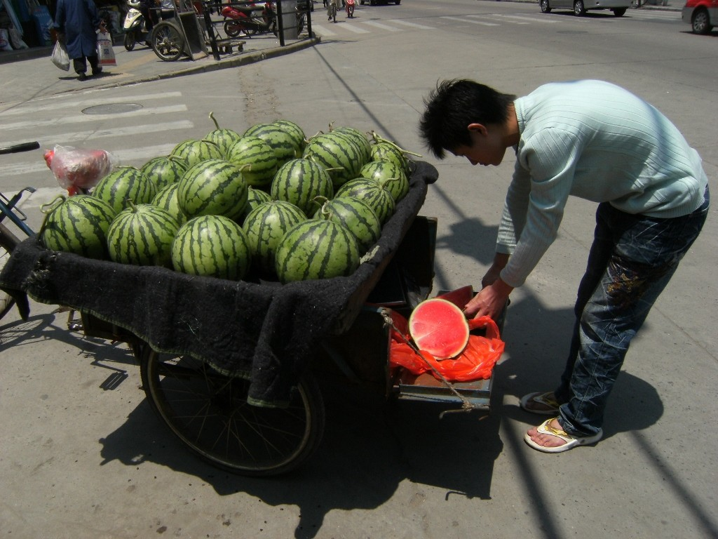 China - Shanghai - Watermelon Vendor - 1 (1024x768)