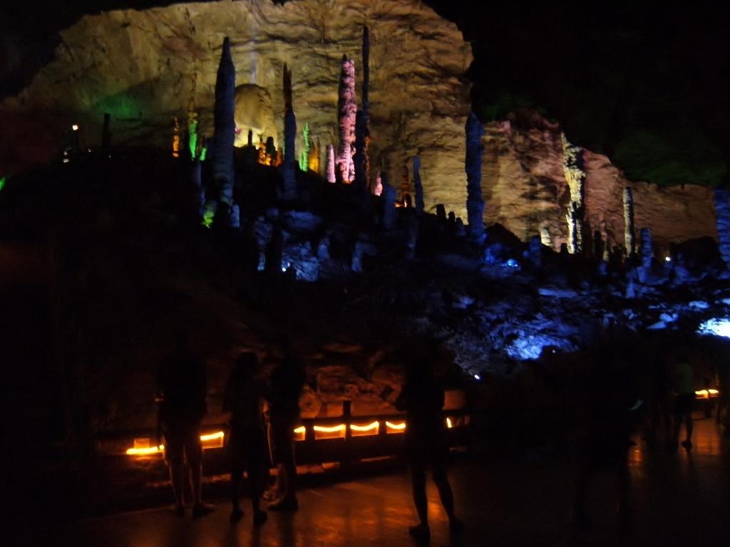 China - Zhengjiajie - Huanglong Cave - 5 (1024x768)